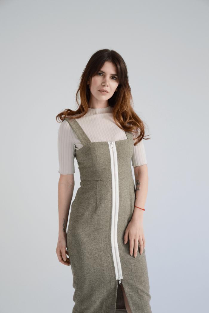 Платье L406